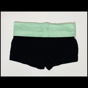 Mossimo Triangle Patterned Black Yoga Short Short